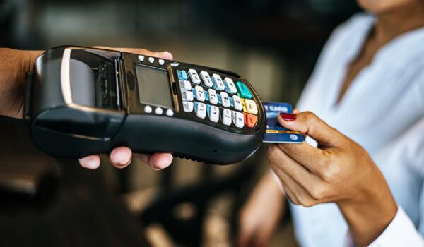 thanh toán hóa đơn bằng thẻ ngân hàng